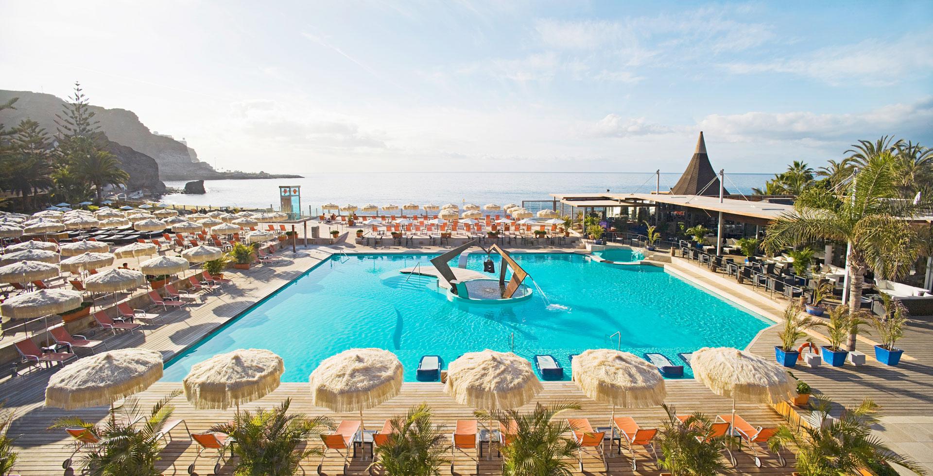 Proyecto arquitectura de Kai Proyectos. Hotel Riviera Beach, piscina